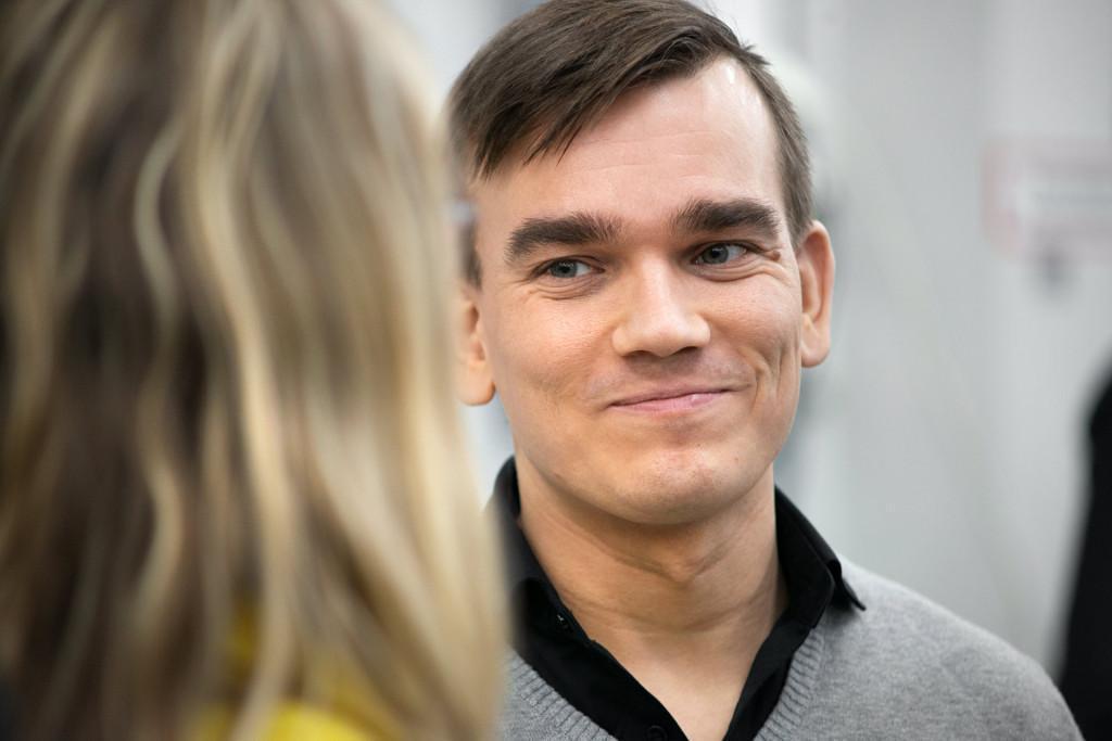 Teknologiajohtaja Miika Valtonen toimi Remionin tiimivetäjänä Industryhackissa.